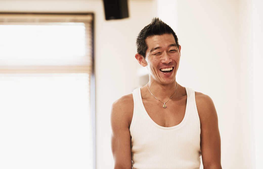 中島正明先生が笑っている