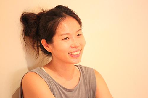 笑顔の佐久間涼子先生