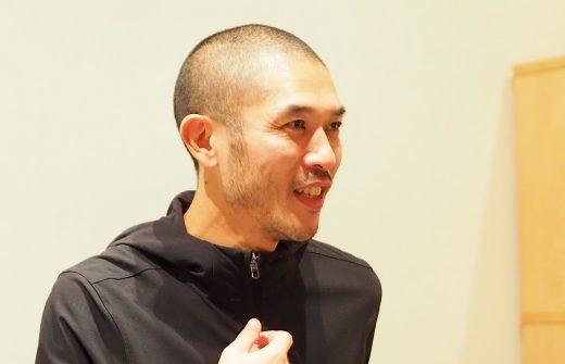 ヨガ指導者としての人間力を高める講座の佐藤ゴウ先生