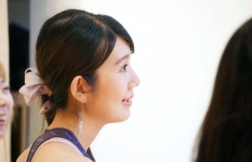 RYT200で話を真剣に聞く奥山志帆さんの横顔