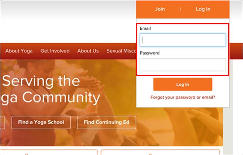 全米ヨガアライアンストップページのログイン画面
