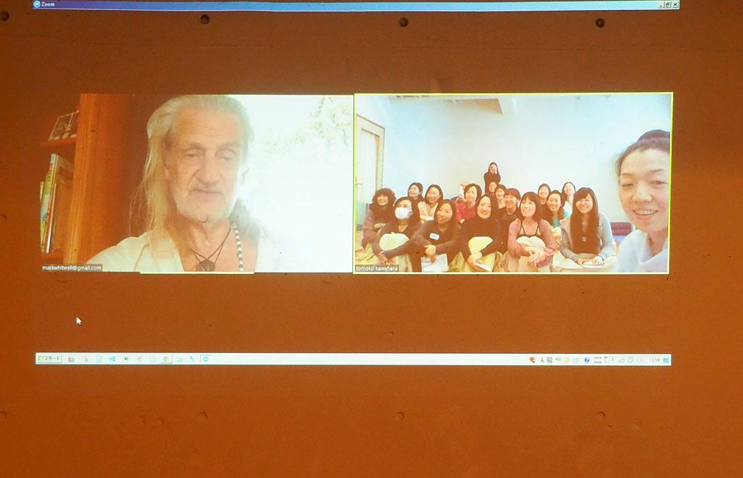 ハートオブヨガ指導者養成講座のマーク・ウィットウェル氏のスカイプ講義