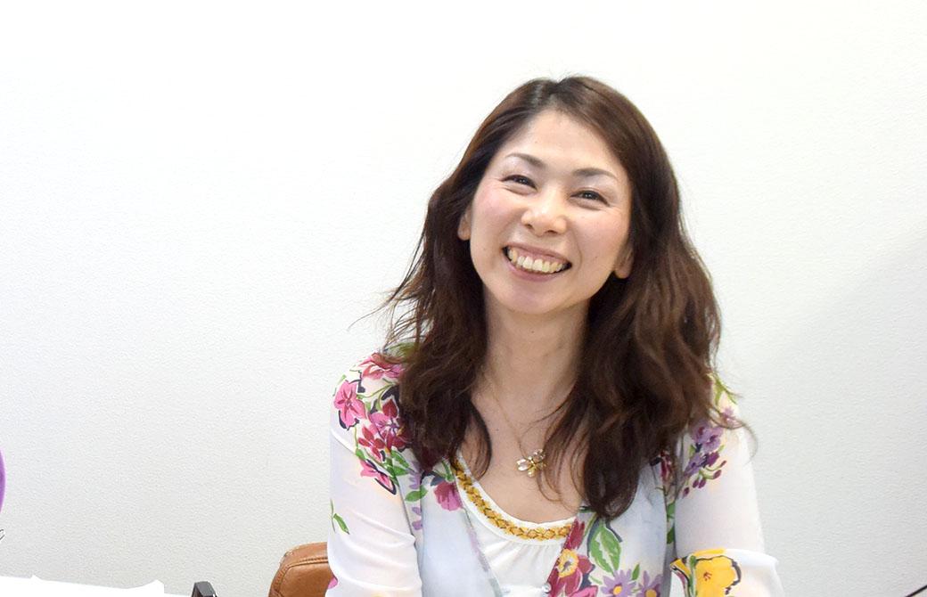 ヨガアカデミー大阪の校長じゅんじゅんさん