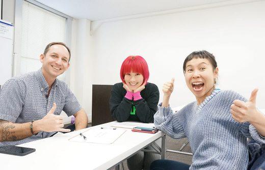 タイラーモンガン先生と通訳のメイさん、片岡まり子先生